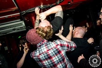 akgphotos-i-cried-wolf-nicensleazy-glasgow-09-october-2016-17